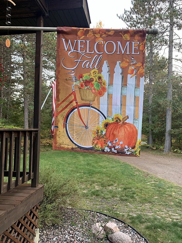 fall-bike-flag-01